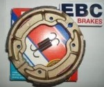 Тормозные колодки в барабанный тормоз EBC (2 шт.) Y527, Yamaha, производитель EBC (Англия)